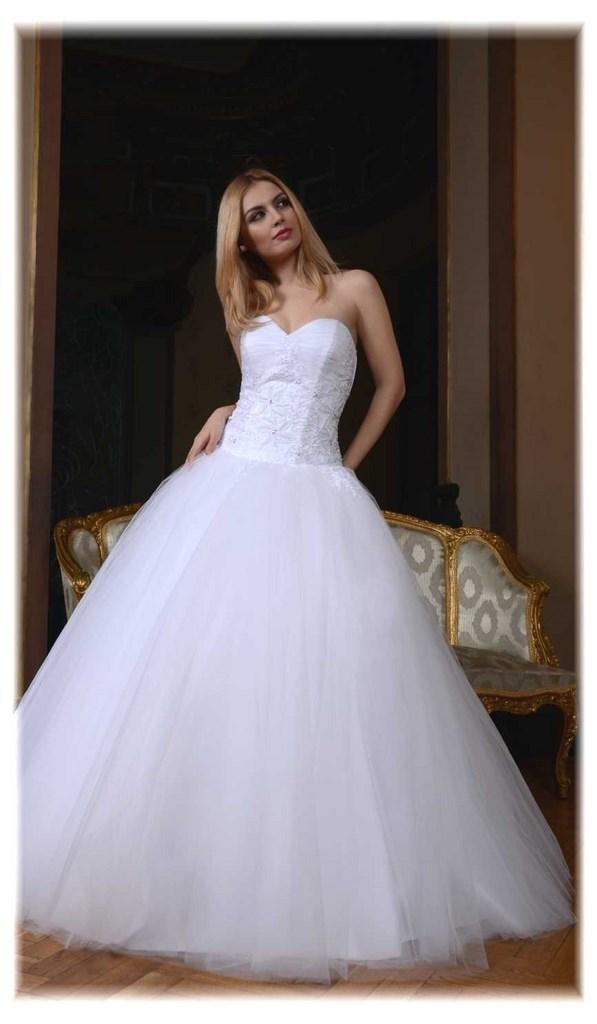 701e0ec81c7 Robe de mariée Princesse avec dentelle perlée